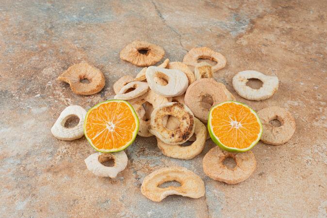 健康干果配橘子片